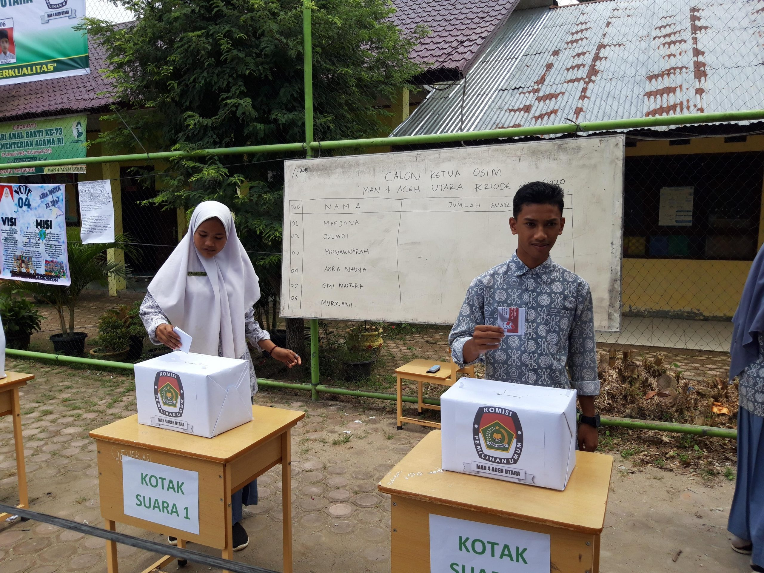 Pemilihan Ketua OSIM, Siswa MAN 4 Aceh Utara Terapkan Pemilu Berbasis Elektrik (Online)